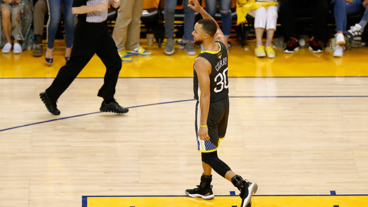 Warriors beat Cavaliers for 2-0 series lead