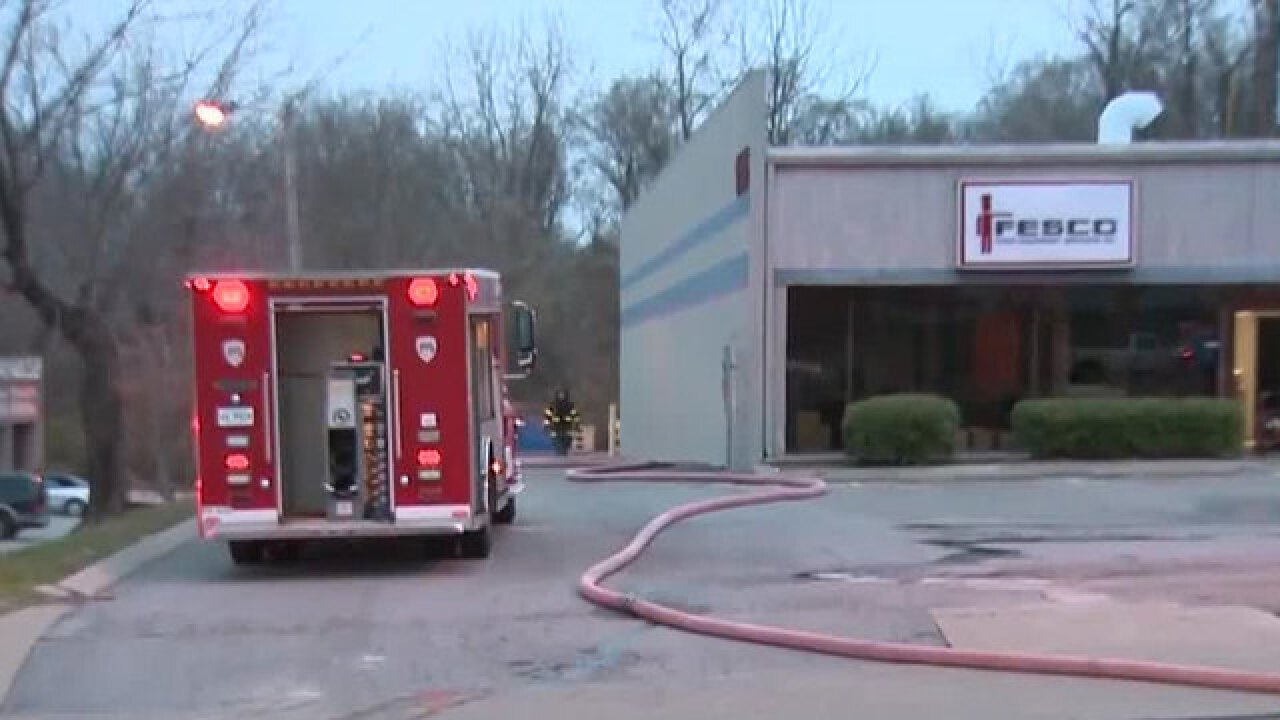 Crews Respond To Fire At Donelson Strip Mall