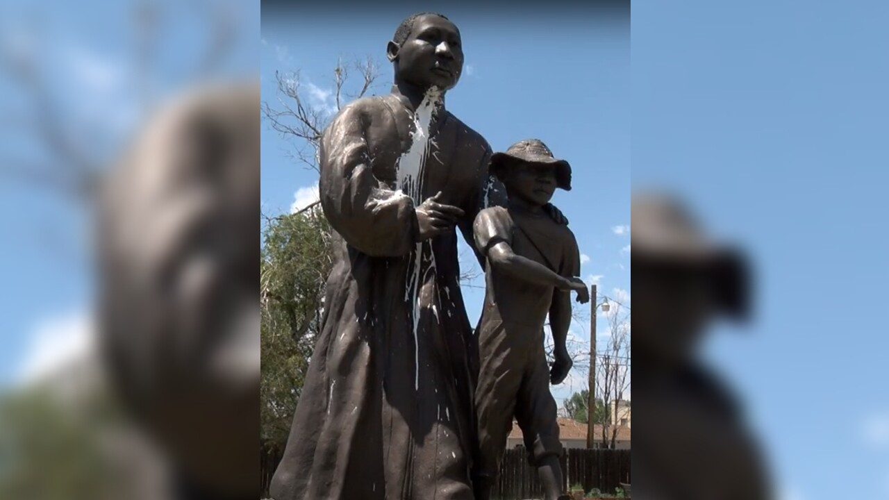 Pueblo MLK statue graffiti defaced.jpg
