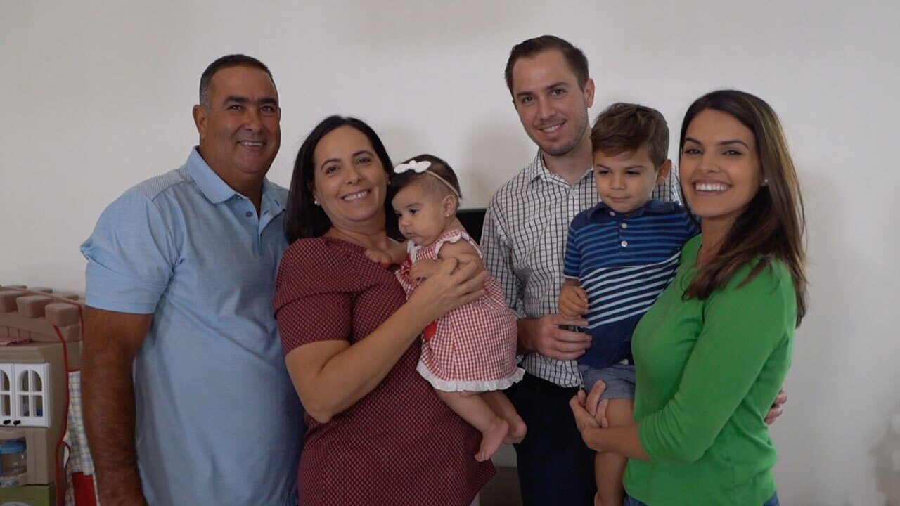 Janny Rodriguez with family