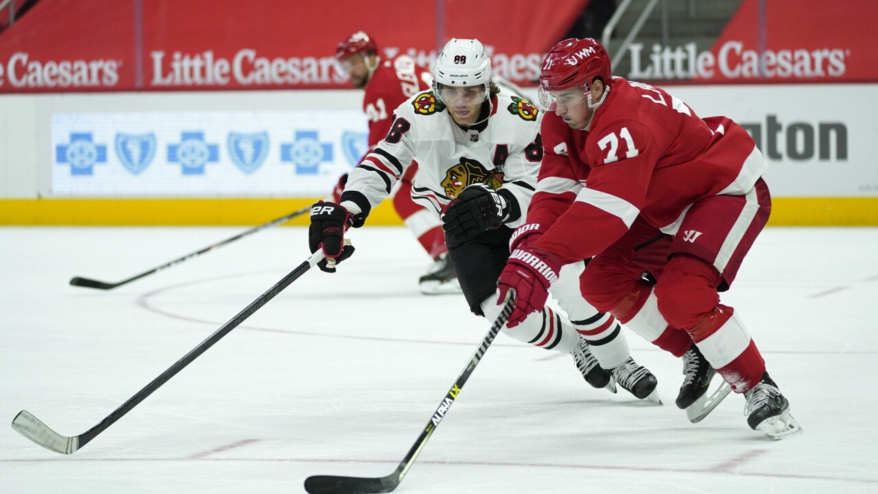 Patrick Kane, Dylan Larkin Blackhawks Red Wings Hockey