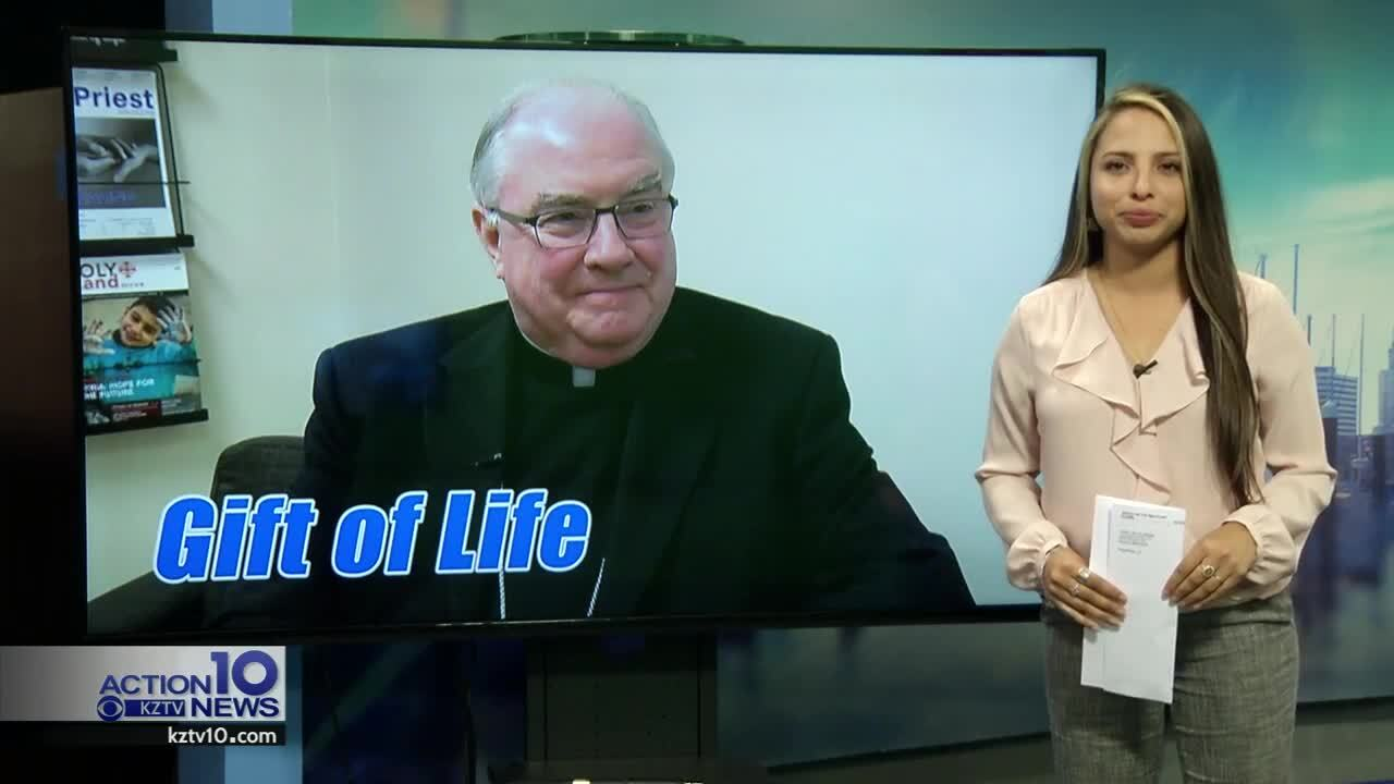 Texas bishop donates stem cells saving a mother's life