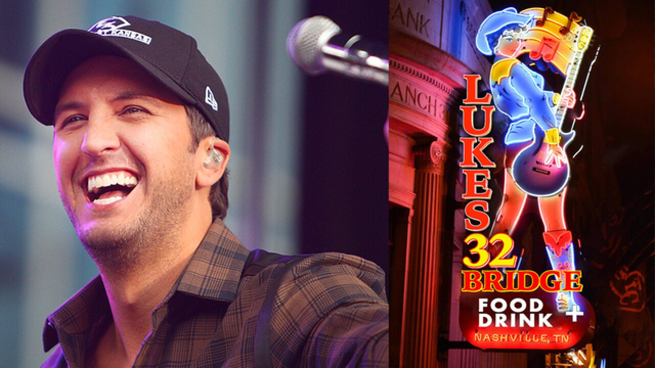 Luke Bryan's Free Show To Mark Eatery Opening Draws 30,000