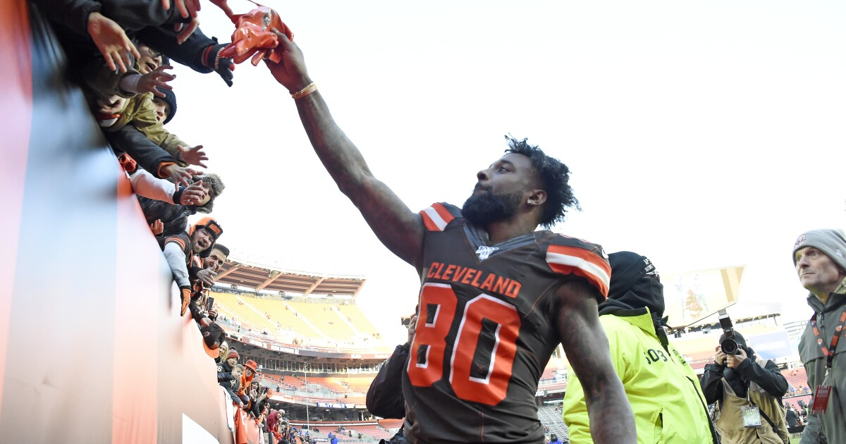 Browns get ready to take on Cardinals