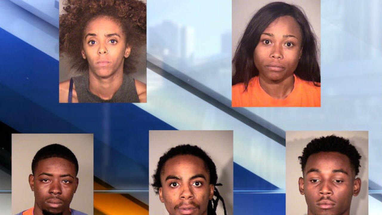 Five arrested in Apple Store thefts