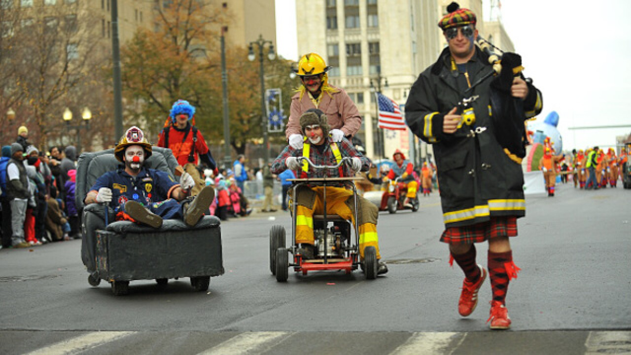 Road closures, parking for Thanksgiving parade