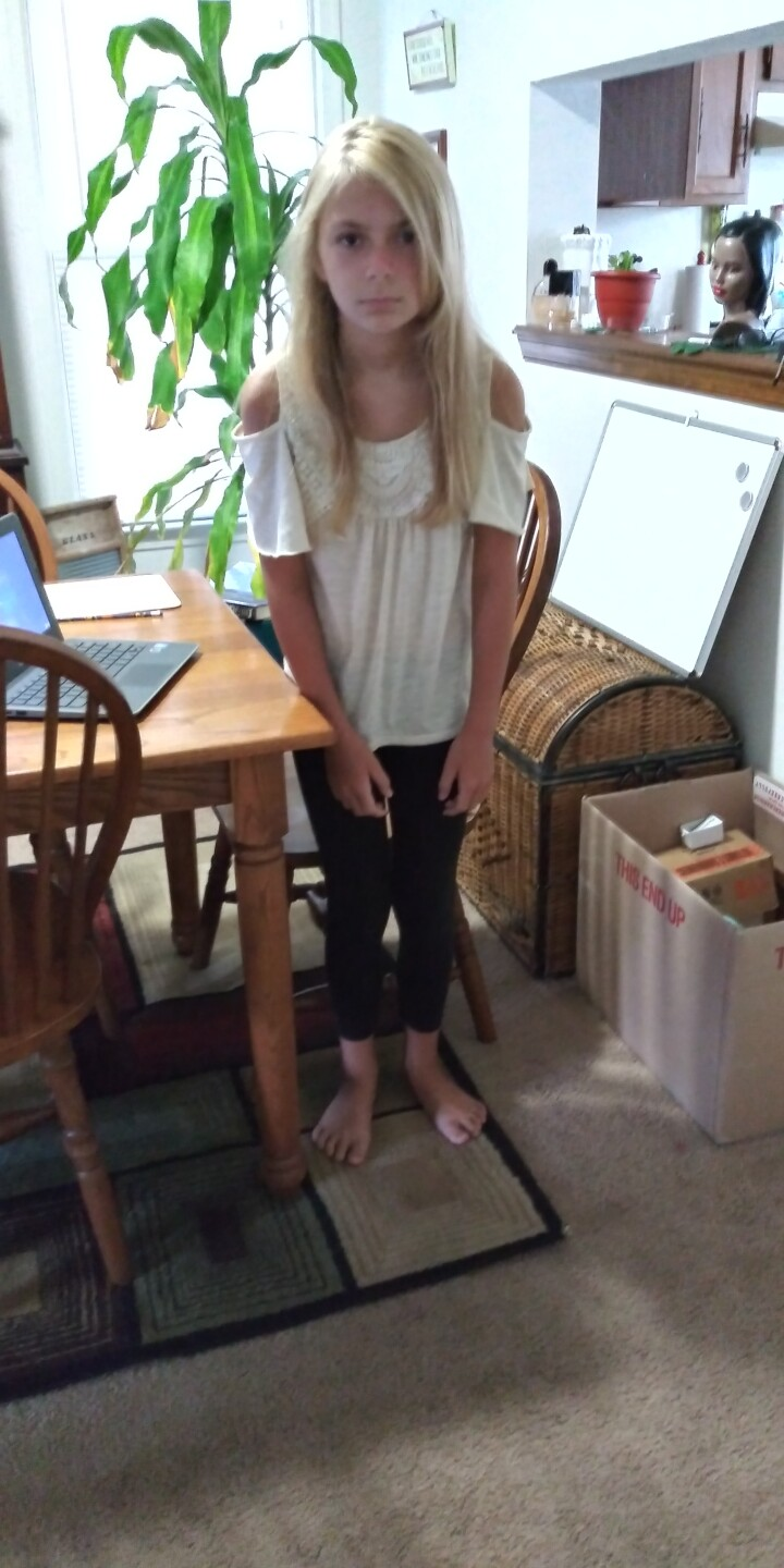 Lily robinson hermitage ele. Va beach 5th grader excited to see some friends even if online.jpg