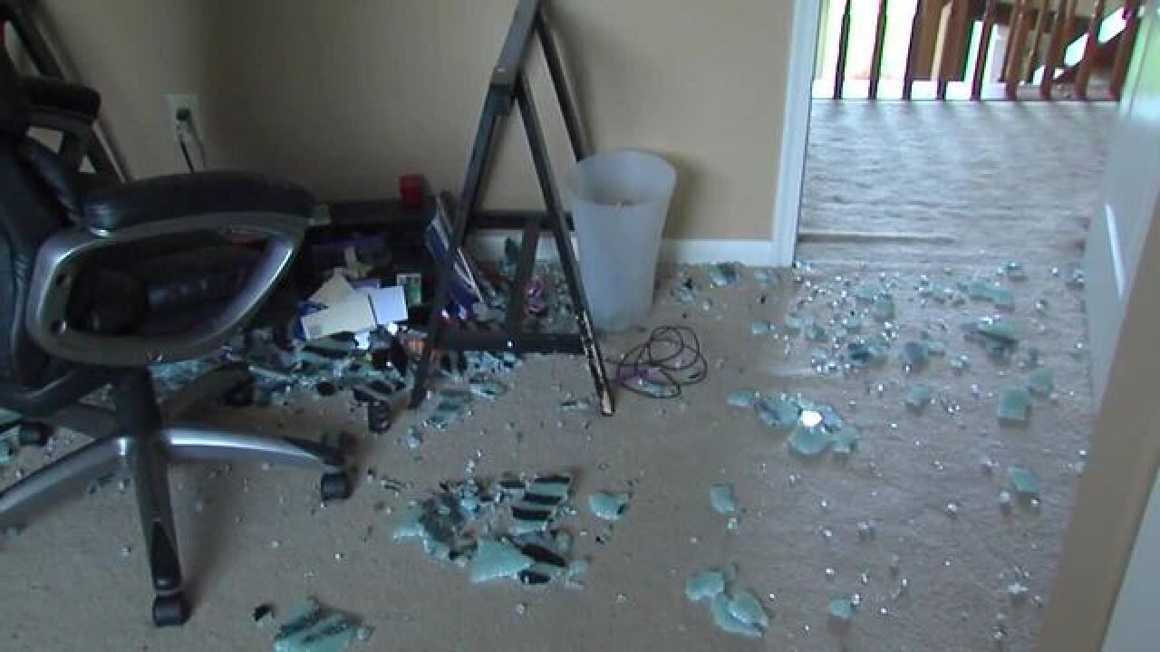 Woman's IKEA glass table shatters spontaneously