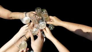How to save money when planning a New Year's Eve party