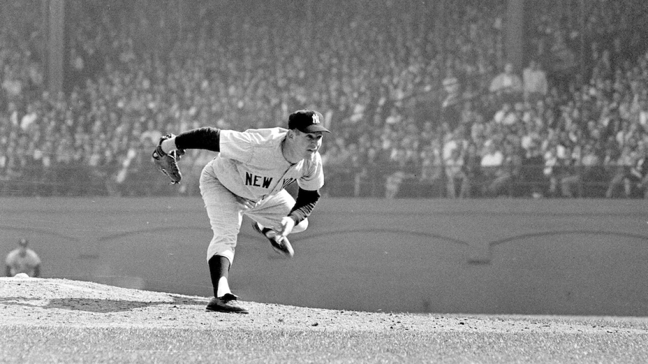 Whitey Ford, Yankee great and Hall of Fame pitcher, dies at 91