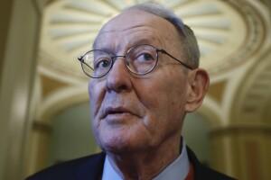 In farewell address, Sen. Lamar Alexander calls for bipartisanship, 'change in behavior'