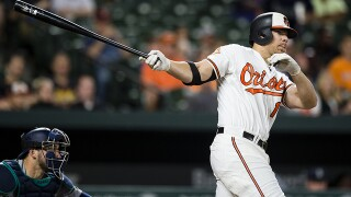 Jones HR helps surging Orioles beat Mariners 7-6