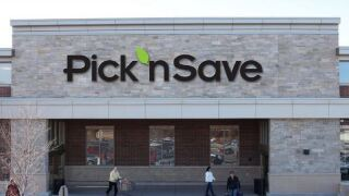 Pick 'n Save grocery store