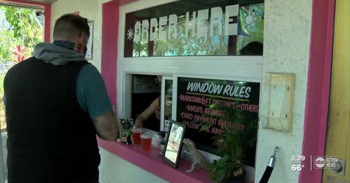 Gulfport restaurant offers free donuts if customers wear mask