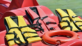 Life_jackets_water_Safety.jpg