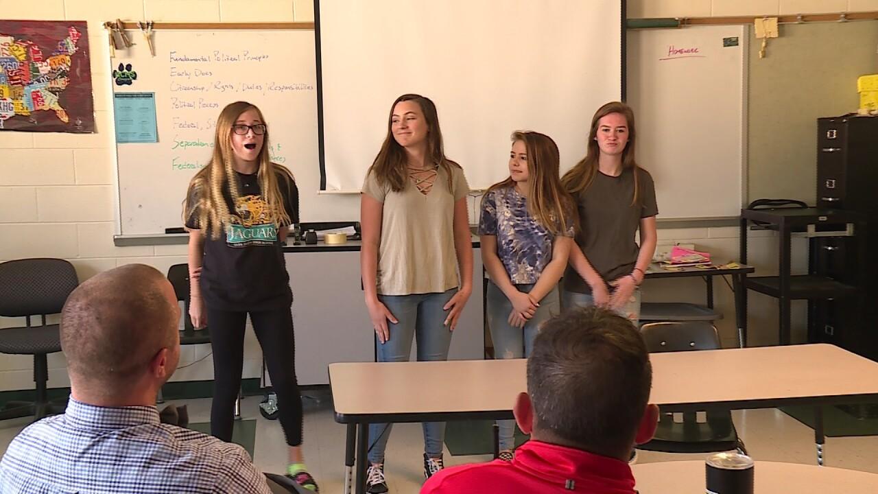 Teacher brings 'Shark Tank' to Henricoclassroom