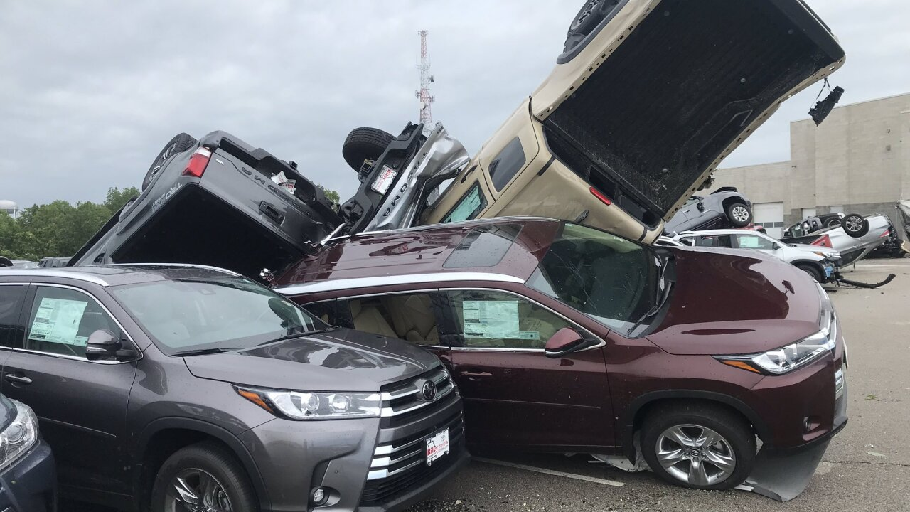 Missouri tornado sends cars at Chevrolet and Toyota dealership into air