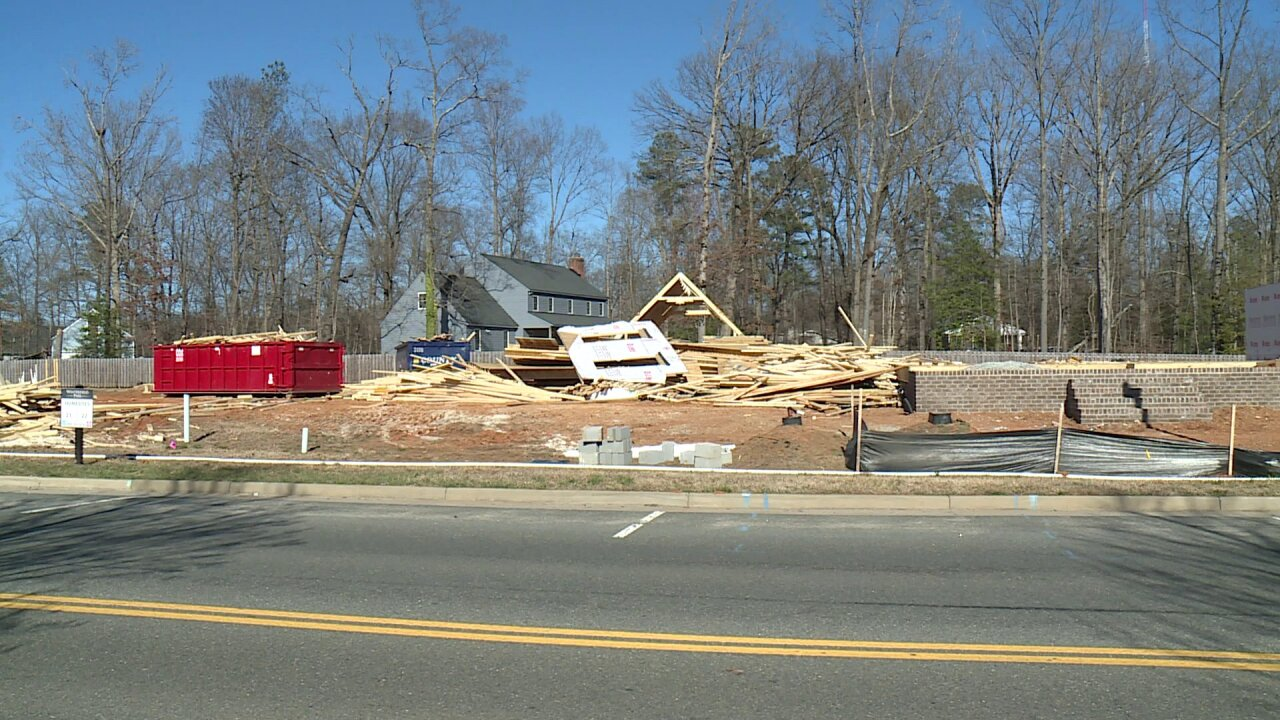 Homes under construction in Chesterfield neighborhood collapse