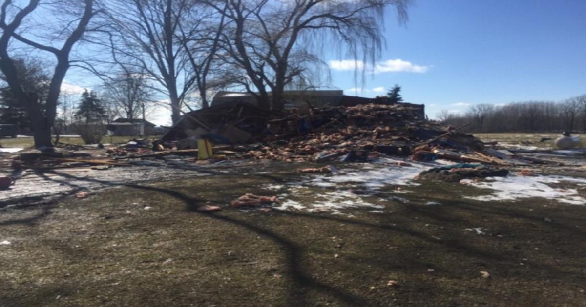Explosion destroys Saginaw County home