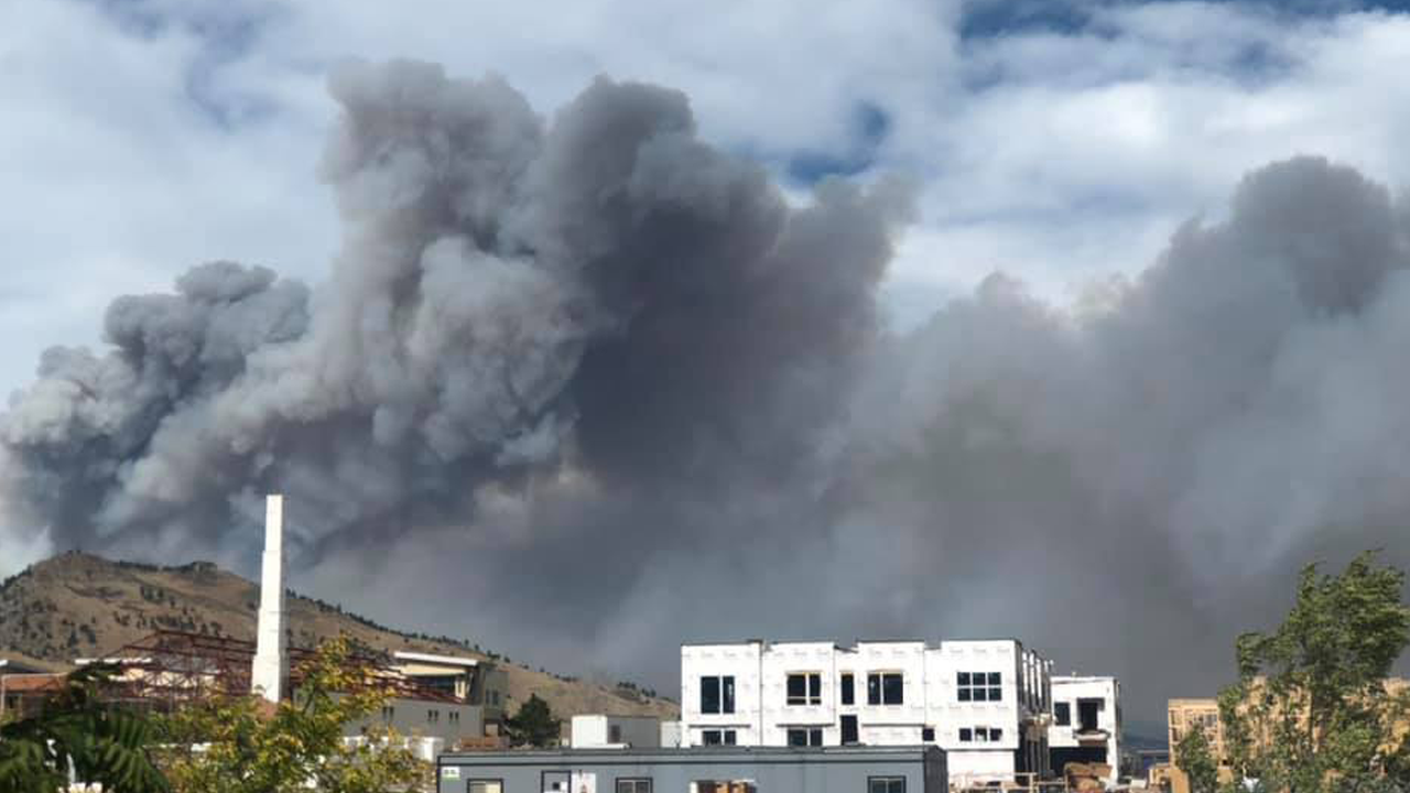 Thousands evacuated as wildfires ravage parts of Colorado, 26 homes lost