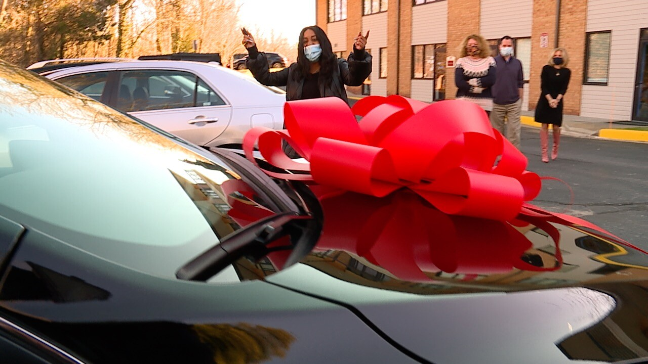 Baltimore family surprised with car.jpg