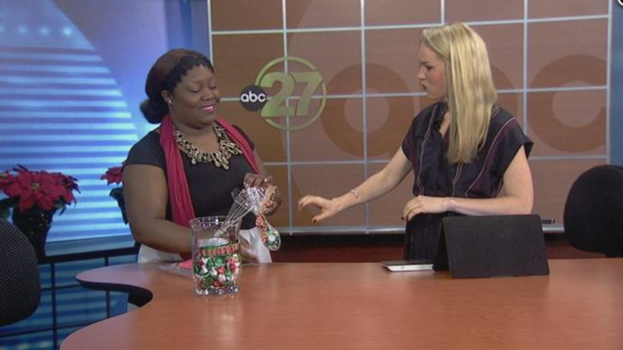 Second Cup: We Whisk You a Merry Kiss-Mas