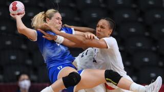 France completes handball sweep as women beat ROC 30-25