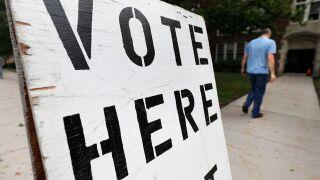 Online voter registration bills near final OK in Michigan