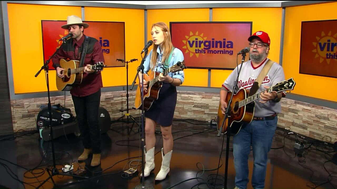 "Paulo Franco, Woody Woodworth, and MacKenzie Roark perform ""Pancho & Lefty"" and ""Sin City"""