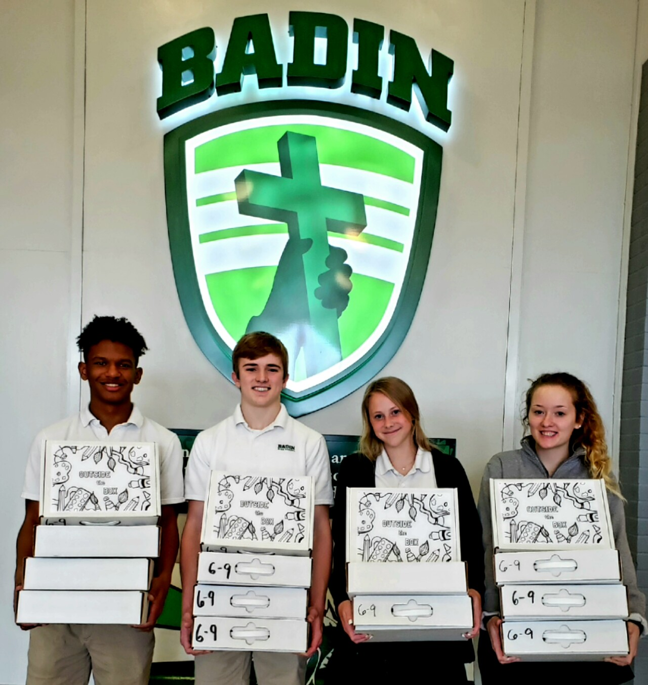 Badin High Schoolers ready to deliver 160 art kits to children in need