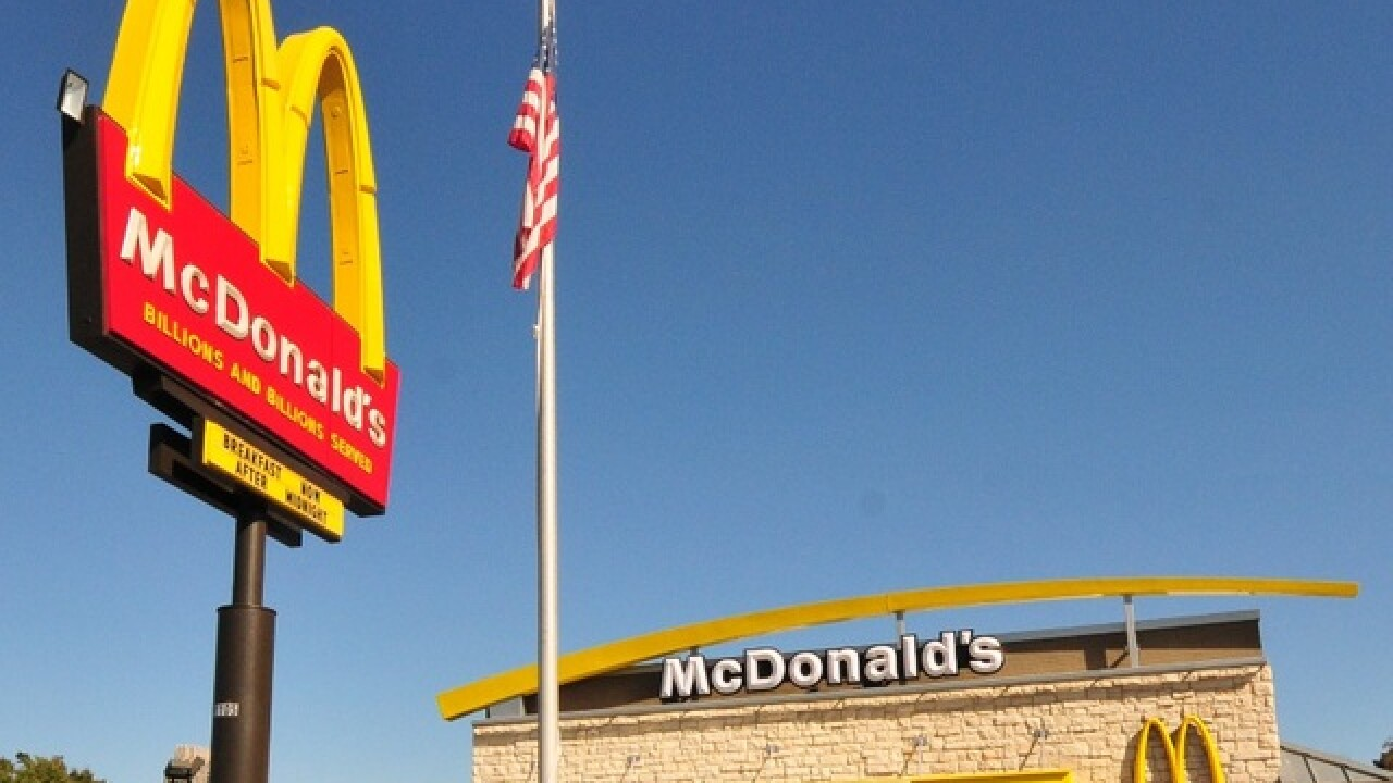 Sheriff: Man mistakenly shoots self while robbing McDonald's