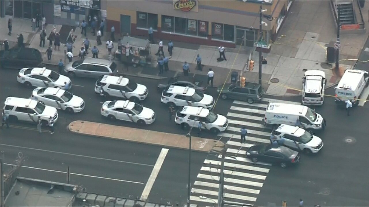 Intense video shows the chaotic first moments of the Philadelphia police standoff