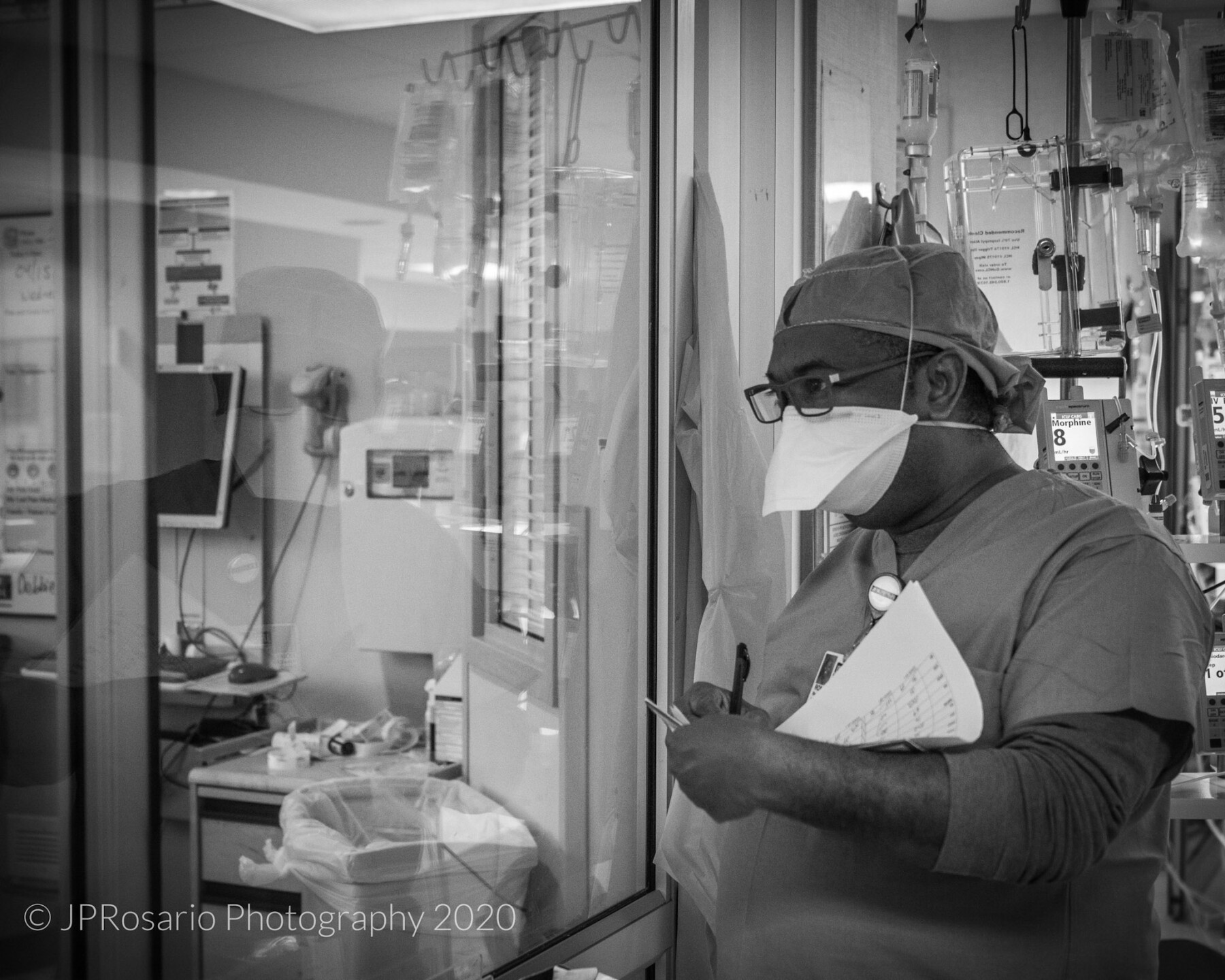 Nurse JP Rosario witnessed how his colleagues bravely helped patients during the pandemic at JFK Medical Center. Rosario took the photos to display the hard work of nurses and doctors during the pandemic.