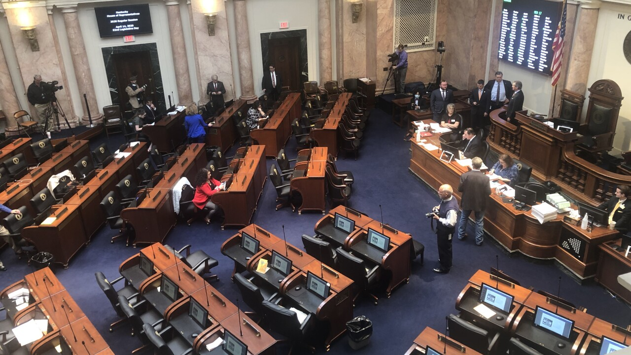 Ky lawmakers strike down veto, pass voter ID law