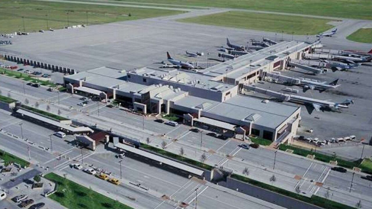 "Colorado Springs Airport Receives ""Colorado Airport of the Year"" Award"