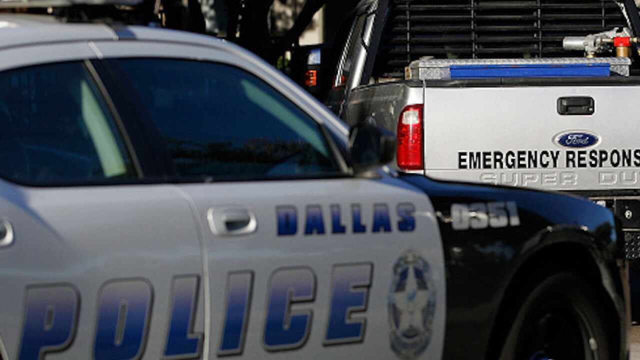 Dallas cop shoots, kills man after entering his apartment thinking it was her own, police say