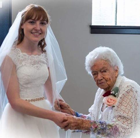 web for wedding.JPG