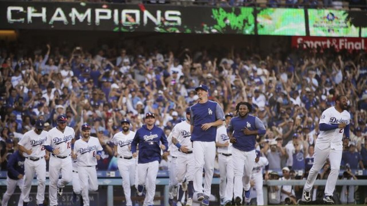 L.A. Dodgers beat Atlanta Braves 6-2 in Game 4 of NLDS, advance to NLCS