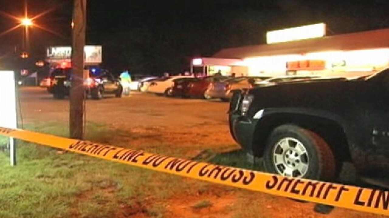 Man arrested for killing 3 people, injuring 1 in Alabama strip club