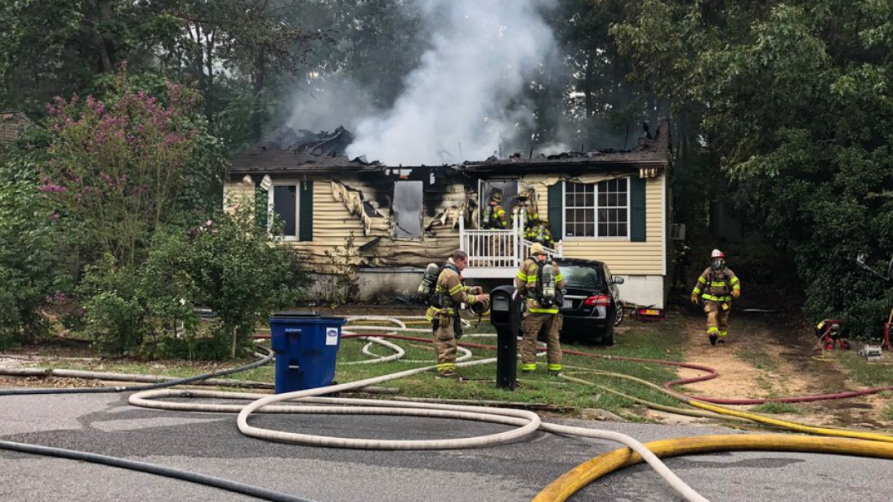 2 displaced after Chesterfield house fire