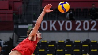 U.S. men bounced from volleyball contention with loss to Argentina