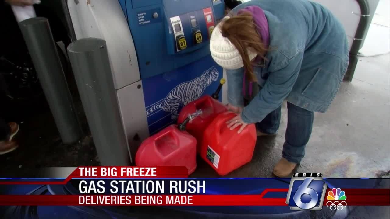 Motorists stocking up on gas