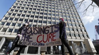 After court nixes eviction ban, race is on for federal help