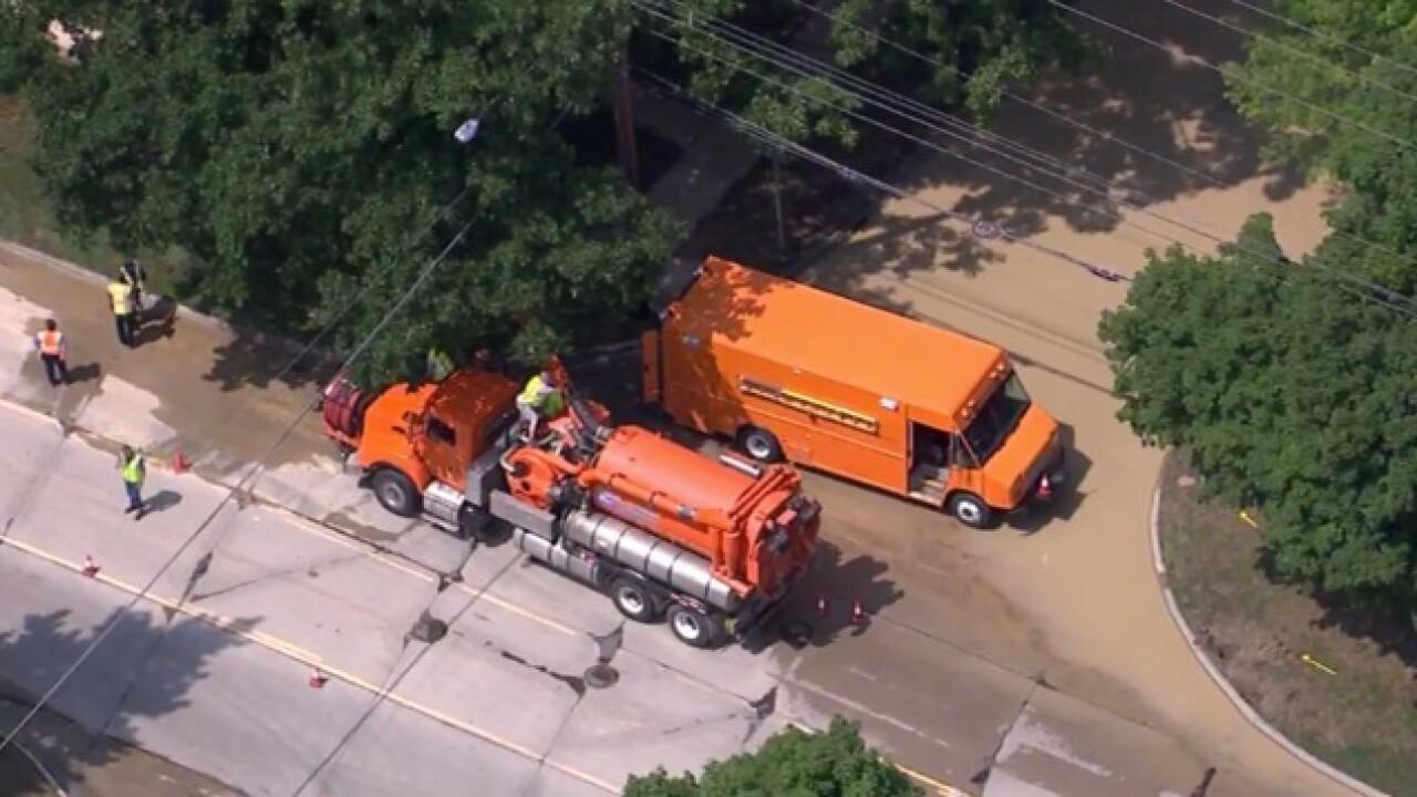 Water main break closes 14 Mile Road
