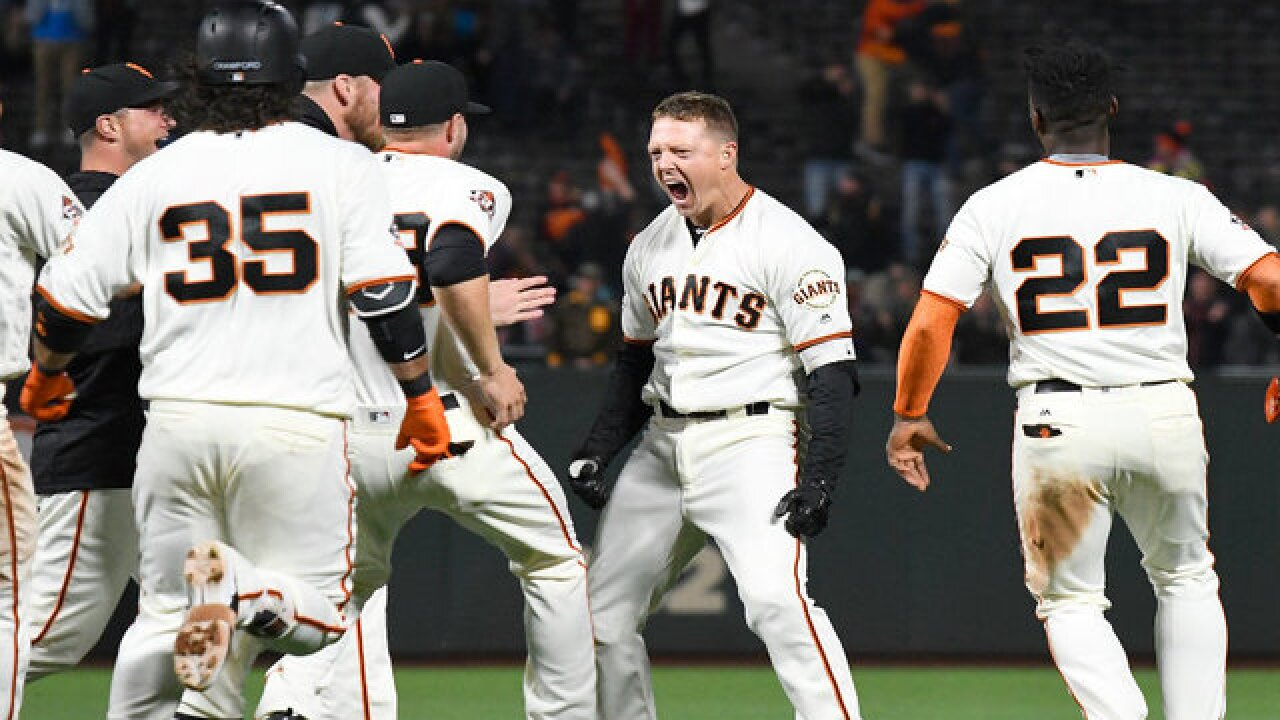 Former Padre Nick Hundley's pinch-hit single in 9th rallies Giants past San Diego