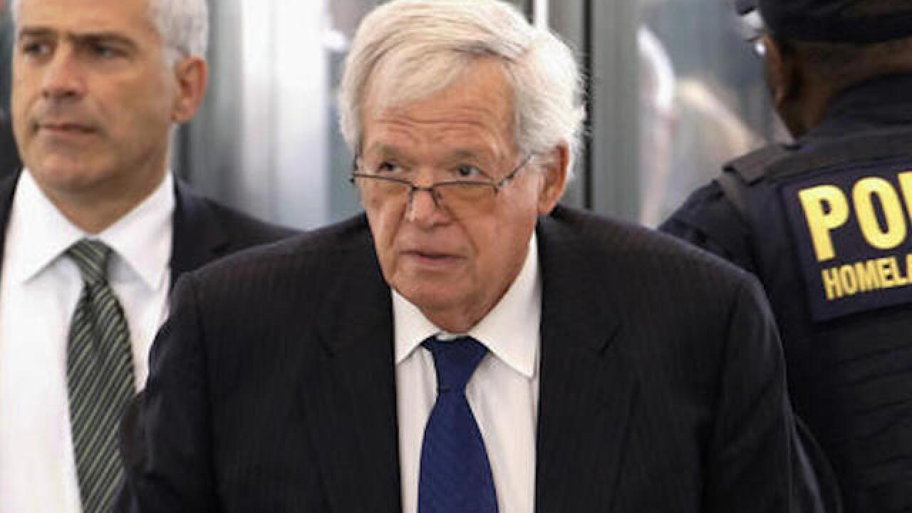 Alleged victim to testify at Hastert sentencing