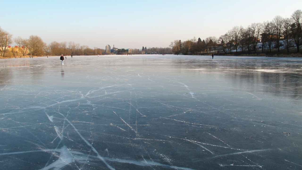 frozen-pond.jpg