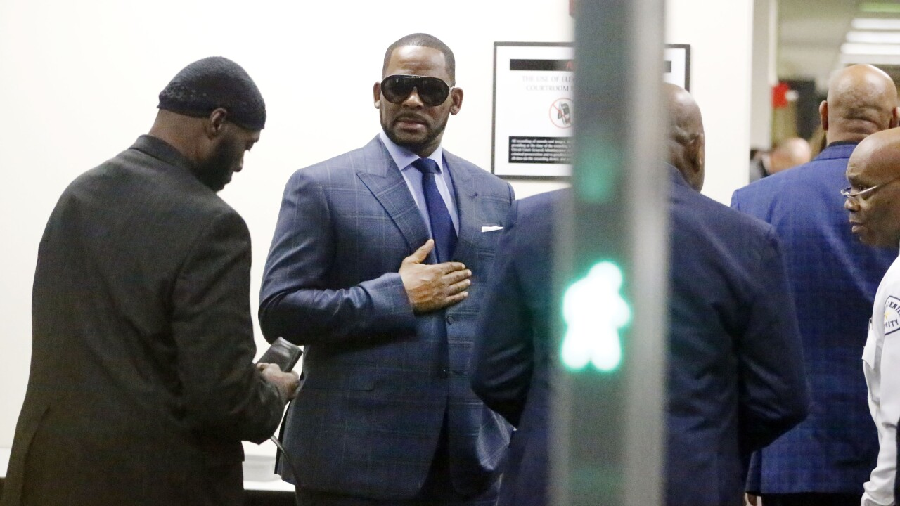 R. Kelly back in custody after appearing in court for child support case