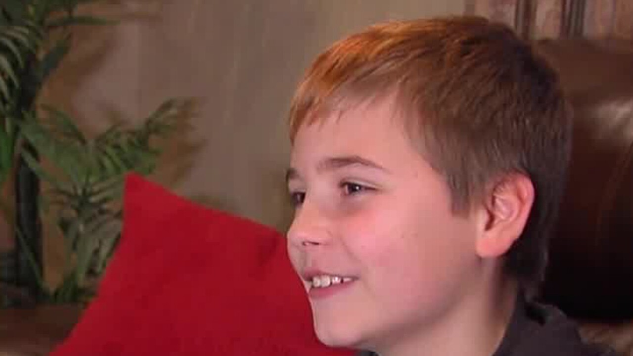 Home alone, Ohio boy frightens away burglars