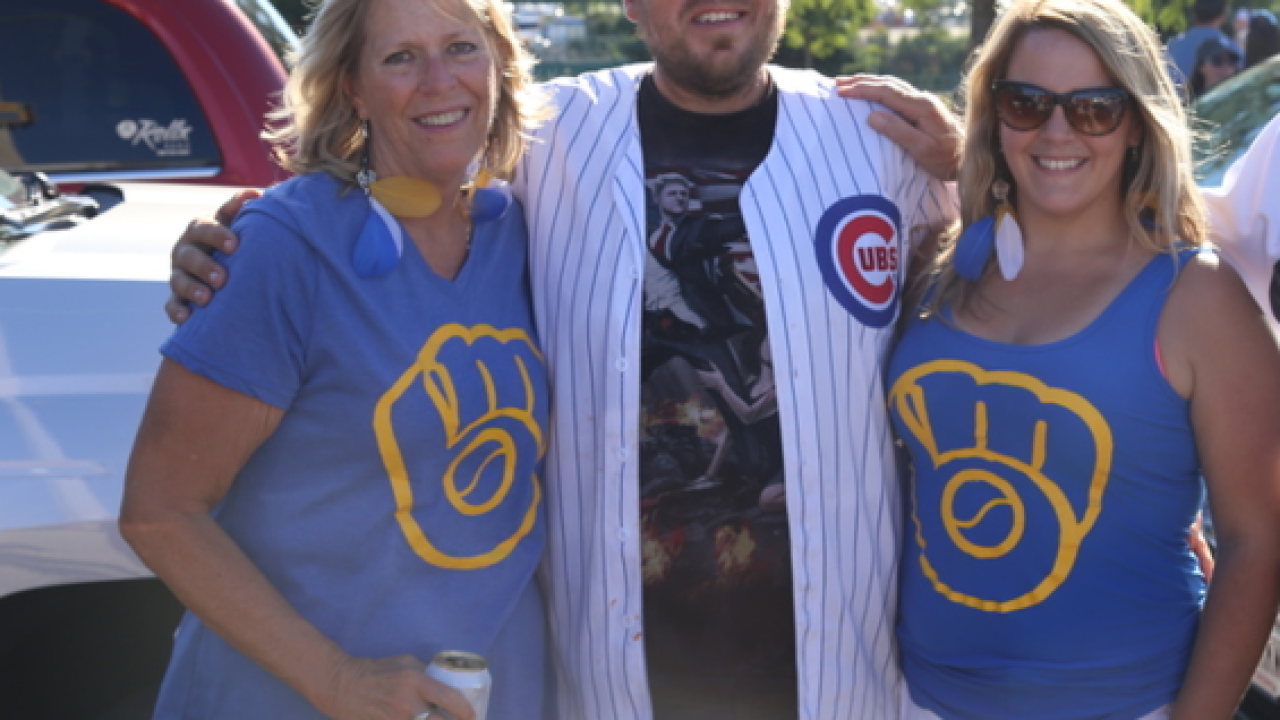 Wisconsin residents to get first dibs at Cubs games at Miller Park